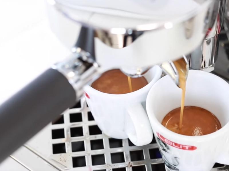 Lelit PL62T Siebträger Espressomaschine mit PID - Steuerung 1211